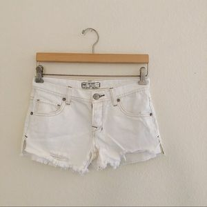 FREE PEOPLE distres white shorts